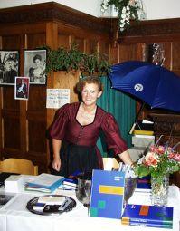 Monika Rünagel, Vorstandsassistentin des Vereins Freunde & Förderer Schule Schloss Neubeuern